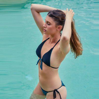 Bikini bottom Anna