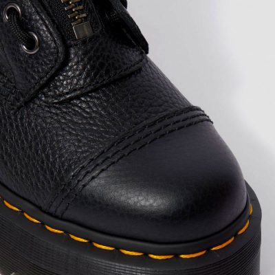 Bota SINCLAIR color negro Aunt Sally DR. MARTENS
