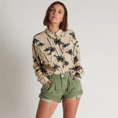 Smiths super khaki shorts